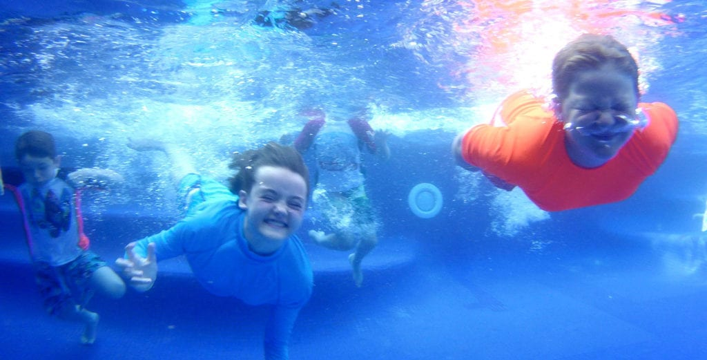 kids and diving, Kids Sea Camp, Roatan, family dive vacations