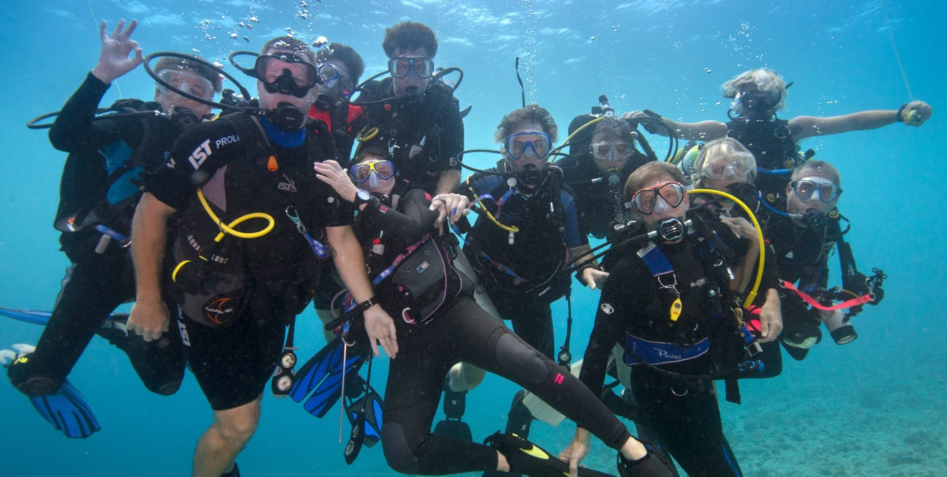 Family Vacations, Family DIve trips, Family Dive Adventure