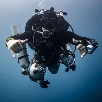 Description of diving, dive training, PADI, Kids Sea Camp